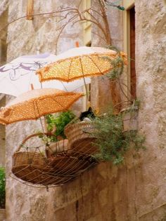 Balcony cat's beds by Martine Roch... absolutely inspiring!
