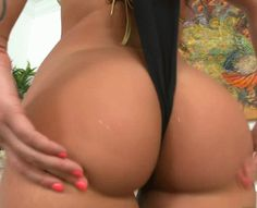 Victoria Webb at Big Booty Gifs & Pics | #1 Booty Blog on Tumblr Bitches Freaking Off On Cam Live! | Sex Toys (source)