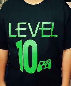 Video Gamer Level 10 Shirt Game Controller Shirt Gamer Birthday Boy or Girl - Cumple LC 10 años - Game's 10th Birthday Parties, Man Birthday, Birthday Shirts, Birthday Ideas, Xbox Party, Game Truck Party, Video Game Party, Gamer Shirt, Game Controller