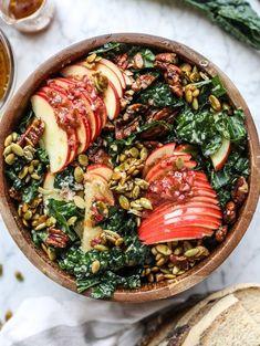 harvest honeycrisp kale salad I howsweeteats.com #harvest #honeycrisp #kale #salad #howsweeteats