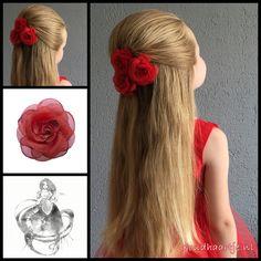 Halfup hairstyle with gorgeous roses from the webshop www.goudhaartje.nl (worldwide shipping).    #hair #hairstyle #braid #halfup #halfupdo #promhair #promhairstyle  #longhair #beautifulhair #gorgeoushair #stunninghair #hairstylesforwomen  #hairinspiration #haar #haarstijl #haaraccessoires #hairaccessories #langhaar #longhairdontcare #goudhaartje
