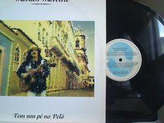 Lp Vinil - Moraes Moreira - Tem um pé no Pelô - http://www.infinityclassic.com.br/produtos/lp-mpb/lp-vinil-moraes-moreira-tem-um-pe-no-pelo/