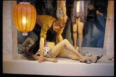 Garry Winogrand unseen Colour. Visual Display artists, makin' magic........