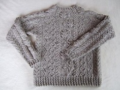Ravelry: genkichi's Herbstlied / The twining oak leaf pattern I did for Knitter's Great American Afghan back in '96