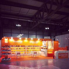 """Stand realizado para la Empresa """" BOAONDA"""" en la Feria Internacional del Calzado MICAM 2014 en el Recinto Ferial de Milán en Agosto 2014"""