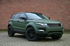 Range rover evoque matt military