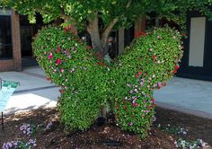Garden Topiaries! Out and About At The Annual SC Festival of Flowers - La Bella Vita Cucina
