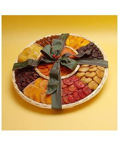 Mayor's PackMP-72 Mayor's Pack A round basket filled with 72oz. of the most tastiest dried fruit assortment consisting of, Dried Peaches, Nectarines, Plums, Pears, Figs, Prunes Dates, Apricots, Jumbo Golden and Dark Raisins. This gift pack comes sealed and embellished with a lovely bow. This makes for a nice gift and travels well for shipping. $64.00 at www.circlekranch.com