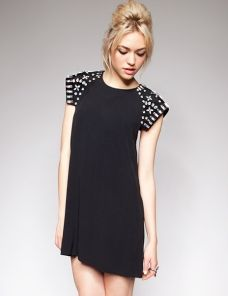 Diamond shoulder shift dress