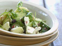 Probieren Sie den leckeren Gemüsesalat mit Schafskäse von Eat Smarter oder eines unserer anderen gesunden Rezepte!