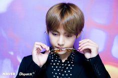 BTS at BBMAs Naver x Dispatch; TAEHYUNG