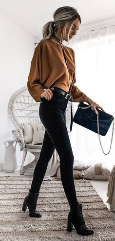 28 Athleisure style suggestions for 2020 # outfits # for # women # women # weddings Spring Outfits Athleisure Outfits Style suggestions weddings Women Legging Outfits, Leggings Outfit Fall, Yoga Pants Outfit, Outfit Jeans, Women's Pants, Black Pants Outfit, Outfits With Black Jeans, Black Jeans Outfit Winter, Yoga Outfits