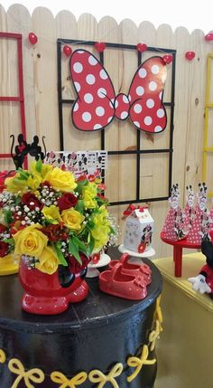 Blog Encontrando Ideias 3, Planter Pots, Party, Blog, Fiesta Mickey, Creativity, Ideas, Fiesta Party, Parties