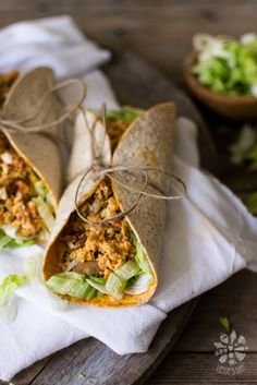 Tortilla wraps with scrumbled eggs and mushrooms-2-6