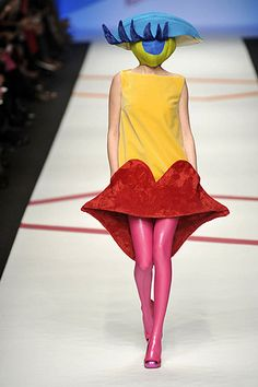 surrealism and fashion: Agatha Ruiz de la Prada, Fall 2009 collection
