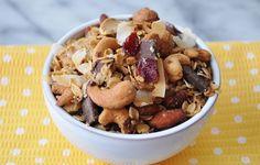 Orange Coconut Granola - Veganosity