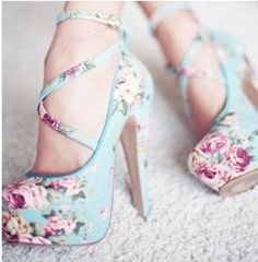 mint floral pumps with crisscross ankle straps - very nice!