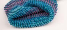 Strickanleitung Loop aus Sockenwolle Strickanleitung Loop aus Sockenwoll… Knitting instructions Loop made of sock wool Knitting pattern Loop from sock wool Beginner Knitting Projects, Knitting Blogs, Knitting For Beginners, Loom Knitting, Knitting Needles, Knitting Patterns Free, Free Knitting, Baby Knitting, Knitted Blankets