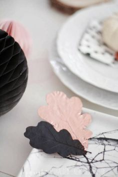 (Pink fall decor 1 of 2) Decorated real fall leaves—autumn party decor accents❣