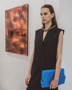 Ärmelloser Mantel, Influencer, Trends, Models, One Shoulder, Blouse, Women, Fashion, Scandinavian Fashion