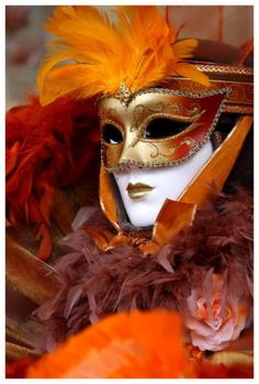 Color Naranja - Orange!!!  Orange Masquerade http://www.naranjasibericas.es/tienda/promociones/#cc-m-product-5834071811