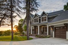 Siding inspiration for the 2019 home improvement season. From composite siding to LP Smartside, we look at the best designs, styles, and combo trends today. Blue Siding, Clapboard Siding, Brick Siding, Siding Colors, Exterior Siding, Exterior Remodel, Exterior Colors, Rustic Exterior, Cottage Exterior