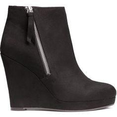 H&M Ankle boots with wedge heel (440 ARS) ❤ liked on Polyvore featuring shoes, boots, ankle booties, black, black bootie boots, wedge ankle boots, black bootie, black boots and short boots
