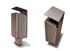 Litter bin designed in 2011 by Julia Ibañez for Onnoutside, company based on the design, development, manufacture and marketing of furniture for equipping urban areas.