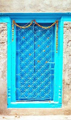 Como explicar – Amor por portas
