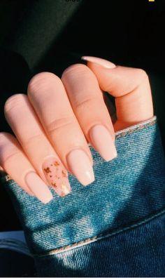 Copper flakes, pink nails Copper flakes, pink nails nails nails nails nails for teens fall 2019 fall autumn fake nails nails natural Acrylic Nails Coffin Short, Simple Acrylic Nails, Summer Acrylic Nails, Best Acrylic Nails, Acrylic Nail Designs, Summer Nails, Baby Pink Nails Acrylic, Chic Nail Designs, Shellac Nail Designs