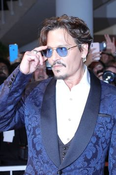 Johnny Depp Johnny Depp Fans, Young Johnny Depp, Here's Johnny, Gorgeous Men, Beautiful People, Johnny Depp Pictures, Jonny Deep, Bae, Hollywood