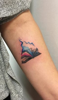 Baby Tattoos, Little Tattoos, Mini Tattoos, Body Art Tattoos, New Tattoos, Cool Tattoos, Hp Tattoo, Tattoo Flash, Bookish Tattoos