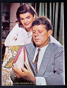 Jacqueline Kennedy Photographs: Jackie Kennedy Campaign, Shorter Hair, New Baby, etc. John Kennedy, Jackie Kennedy Style, Les Kennedy, Jacqueline Kennedy Onassis, American Presidents, Us Presidents, Dallas, Jaqueline Kennedy, John Junior