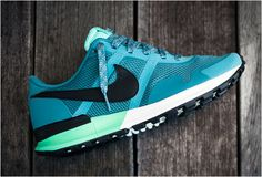 This year, Nike revealed some great versions of their Air Pegasus line, Nike's oldest running shoes. This new model, Nike Air Pegasus 83/30 features a retro style and a fresh, original 'mineral teal' colorway. For only $100 you can purchase these s...READ MORE