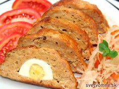Pečená roláda z mletého bravčového mäsa, vo vnútri jemná a na povrchu chrumkavá, plnená varenými vajíčkami.