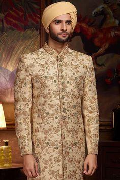 Sherwani For Men Wedding, Wedding Dresses Men Indian, Groom Wedding Dress, Sherwani Groom, Wedding Men, Indian Dresses, Bridal Dresses, Wedding Ideas, Indian Groom Dress