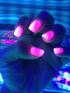 Glow in the dark pink