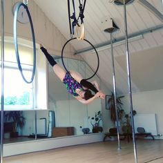 Wee random sequence to remember.... #polecatapparel #aerialhoop #hiphold #dundeeaerialhoop #polepositionscotland #Dundee #ITBURNS
