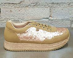 #primavera2017 #gioseppo #sneakers #mujer #trendy #tendencia #zapatillas #diseño #look #fashion #style #glam #deportivas #lentejuelas #esparto #love #outfits #adelagil #zapaterias #AdelaGilLosValles #cclosvalles #colladovillalba #madrid #bambas #playeras Venta online www.adelagilcomplementos.com