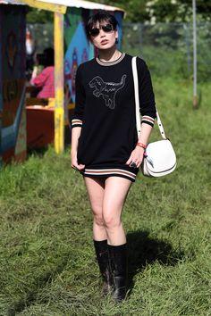 Daisy Lowe Photos Photos - Daisy Lowe wearing Coach attends the Glastonbury Festival at Worthy Farm, Pilton on June 24, 2016 in Glastonbury, England. - Glastonbury Festival 2016 Sightings