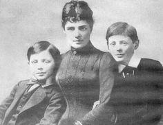 Jennie Churchill with her sons John & Winston, 1889 via reddit