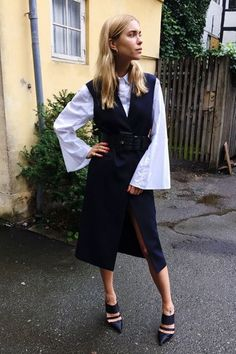 fashion-2015-11-bell-sleeve-top-outfit-ideas-layered-dress-look-de-pernille-main.jpg 355×533 pixeles