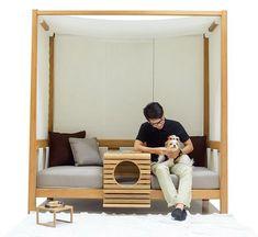 A empresa tailandesa Deesawat, especializada em madeira, é a responsável por esse sofá pra lá de legal! Este sofazão aconchegante pode ficar tanto dentro c