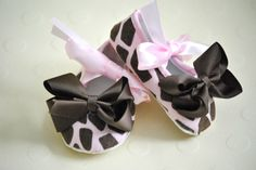 Pink and Brown Giraffe Baby Girl Crib Shoes with Satin Bow ties and Brown Ribbon Toes-Must have for your baby girl. $7.95, via Etsy.