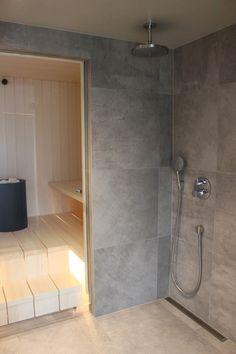 Suo, kuokka ja talo: PIHASAUNA Laundry Room Bathroom, Bathroom Layout, Bathroom Interior, Modern Bathroom, Sauna House, Sauna Room, Building A Sauna, Sauna Shower, Quonset Homes