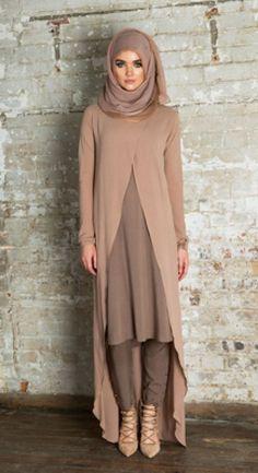 Kimonos Muslim Women Fashion, Arab Fashion, Islamic Fashion, Modest Wear, Modest Outfits, Modest Fashion, Fashion Outfits, Dresscode, Pakistani Dresses