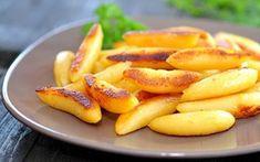 Kartoffelnudeln / Fingernudeln - Man nehme klassischen Kartoffelteig (kennen wir von den steirischen Marillenknödeln) und verarbeite sie zu feinen Kartoffelnudeln. Perfekte Beilage zum Rehrücken, aber auch sonst sehr beliebt und variationsreich zuzubereiten!