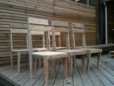 Pallet Chairs DIY
