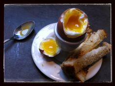 The Perfect Soft Boiled Egg / momskitchenhandbook.com