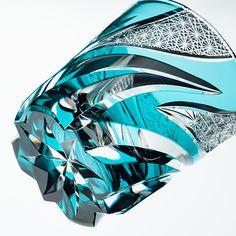 【haku硝子】homura 焔 | 藤巻百貨店 Cut Glass, Glass Art, Modern Art, Modern Design, Mechanical Design, Glass Vessel, Bottle Art, Sculpture Art, Design Art